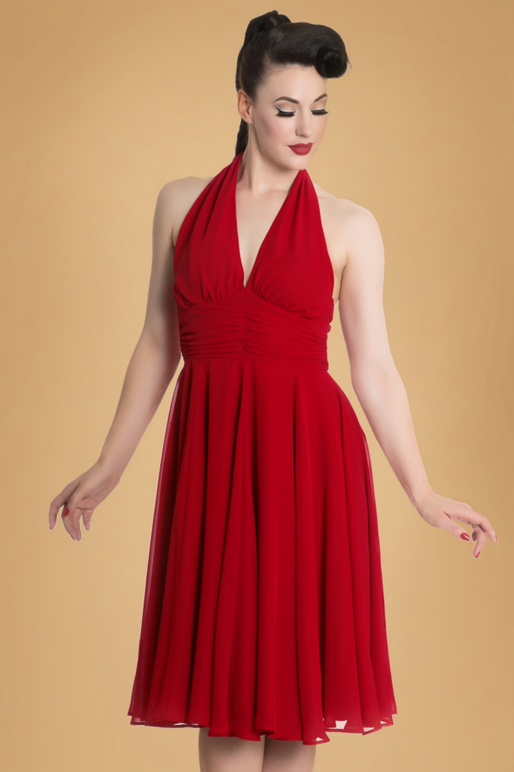 2019 year lifestyle- Monroe Marilyn red dresses pictures