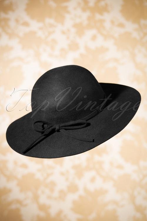 Amici Clara Hat in Navy 202 10 19376 07052016 001W