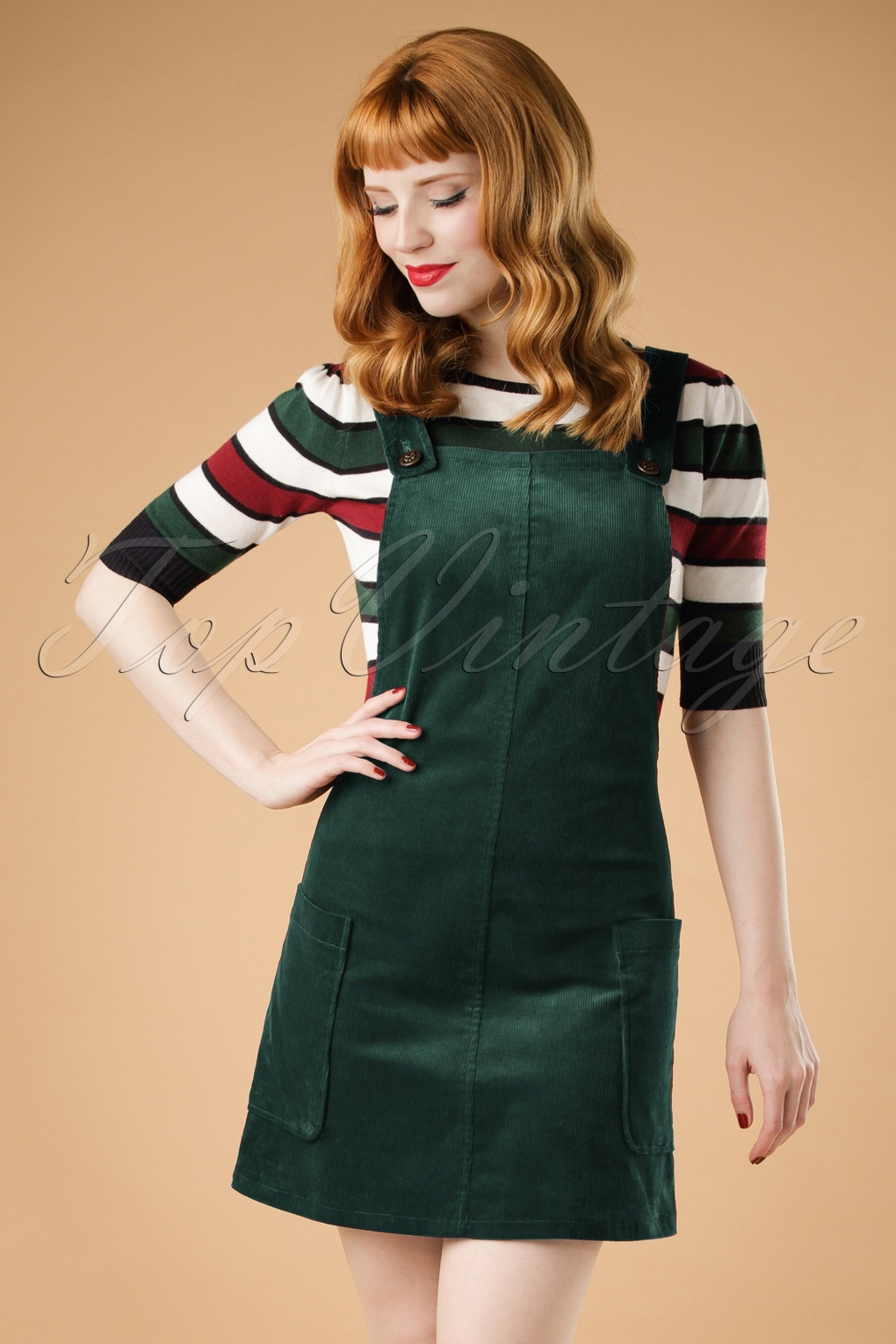 1960s Mad Men Dresses and Clothing Styles 60s Lena Pinafore Dress in Green £24.77 AT vintagedancer.com