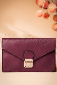 70s Lorene Envelope Clutch in Wine