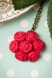 Sweet Cherry Red Roses Necklace 301 20 19942 09262016 012W