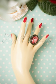 Sweet Cherry Red Roses ring 321 20 19945 09262016 002W