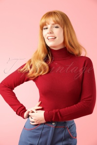 King Louie  Rollneck Top in Red Modelfotow