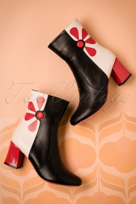 Dancing Days by Banned Srawberry Booties 430 10 19275 09282016 019W
