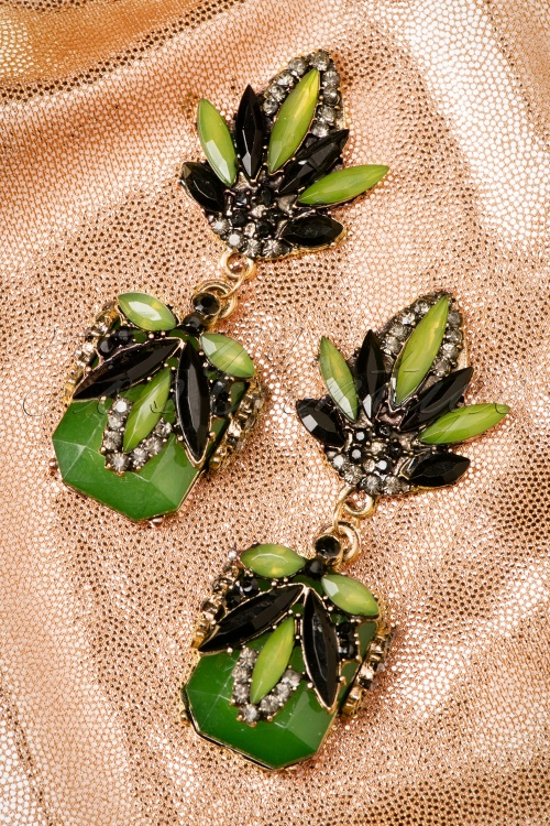 Lola Green Flower Earrings 333 40 19986 10042016 006W