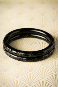 TopVintage Exclusive ~ 20s Abigail Carved Bangles Set in Black