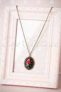 Sweet Cherry Sweet Black Rose Necklace 310 10 20081 10102016 011W