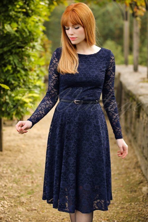 Vintage Chic Navy Lace Longsleeve Dress 102 20 17305 20151202 0009ModelfotoW