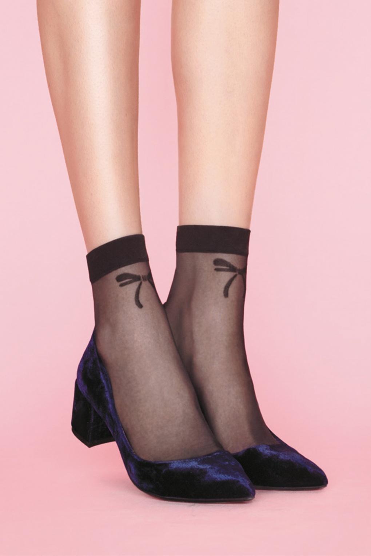 1950s Socks- Women's Bobby Socks 50s Chic Bow Socks in Black £4.33 AT vintagedancer.com