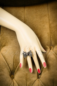 Glamfemme Silver Bow Ring 322 92 20434 10312016 014W