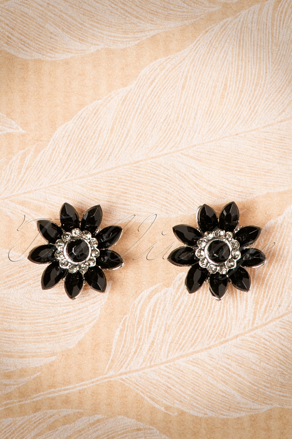 1950s Costume Jewelry 50s Audrey Jet Flower Earrings in Black £12.99 AT vintagedancer.com