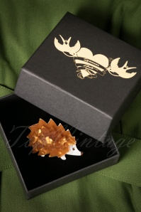 Romance Aint Dead Brown Hedgehog Brooch 340 70 20406 11092016 010W