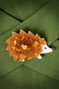 TopVintage exclusive ~ 60s Shy Hedgehog Brooch in Brown